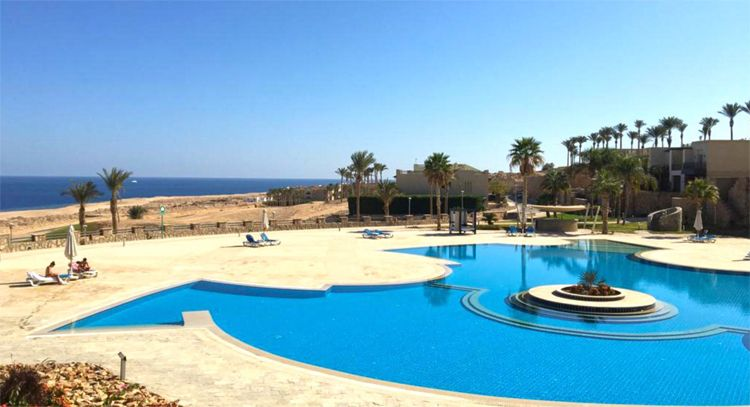 Two Bedrooms Apartment - Pool & Sea view