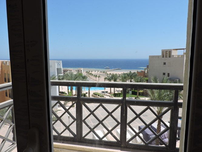 1 Bedroom Penthouse- pool & sea view - 2