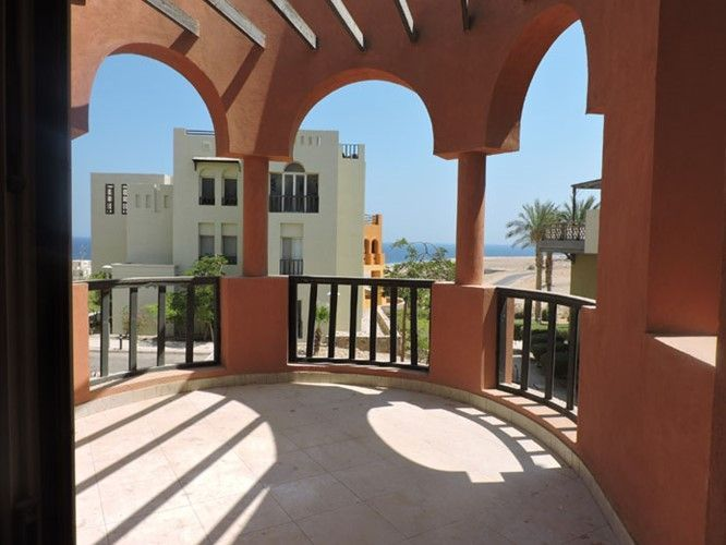 3 Bedrooms Apartment - Partial sea view - 2