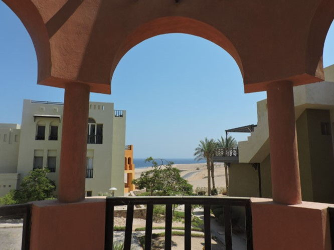 3 Bedrooms Apartment - Partial sea view - 3