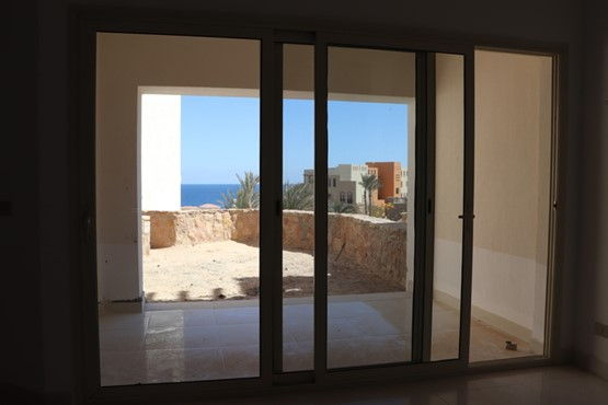 1 BR Apartment with Partial Sea view