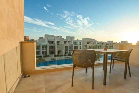 2BR Apartment-pool view at Mangroovy