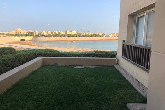1BR Apartment -Private garden-Water Side