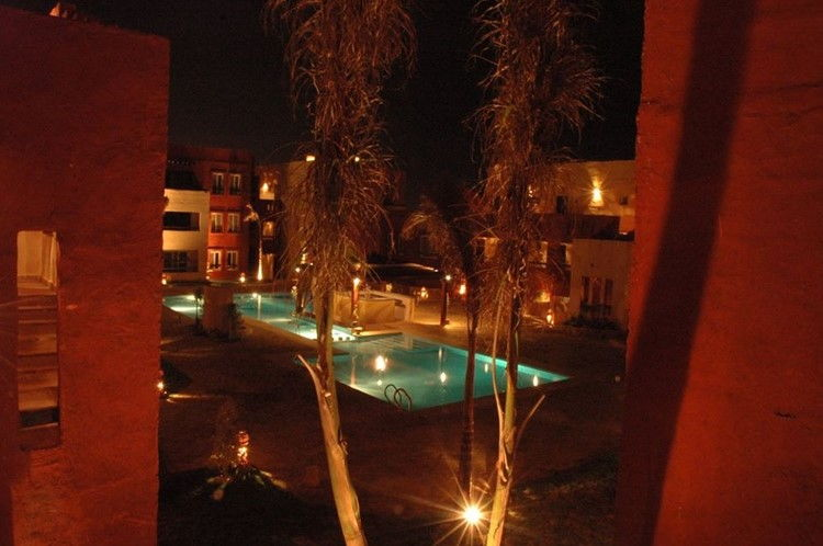 2 BR Apartment with pool view-Kamareia - 4