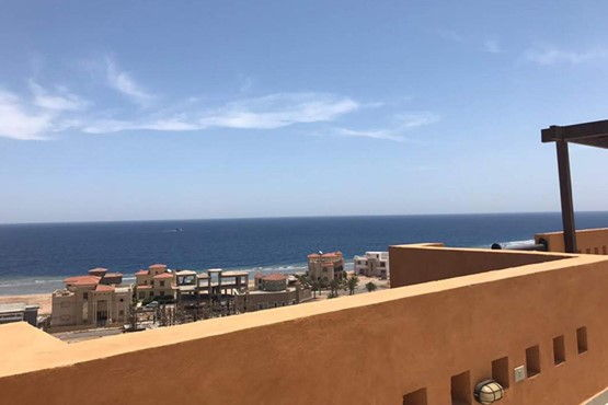 3 Bedroom Penthouse with Clear Sea view